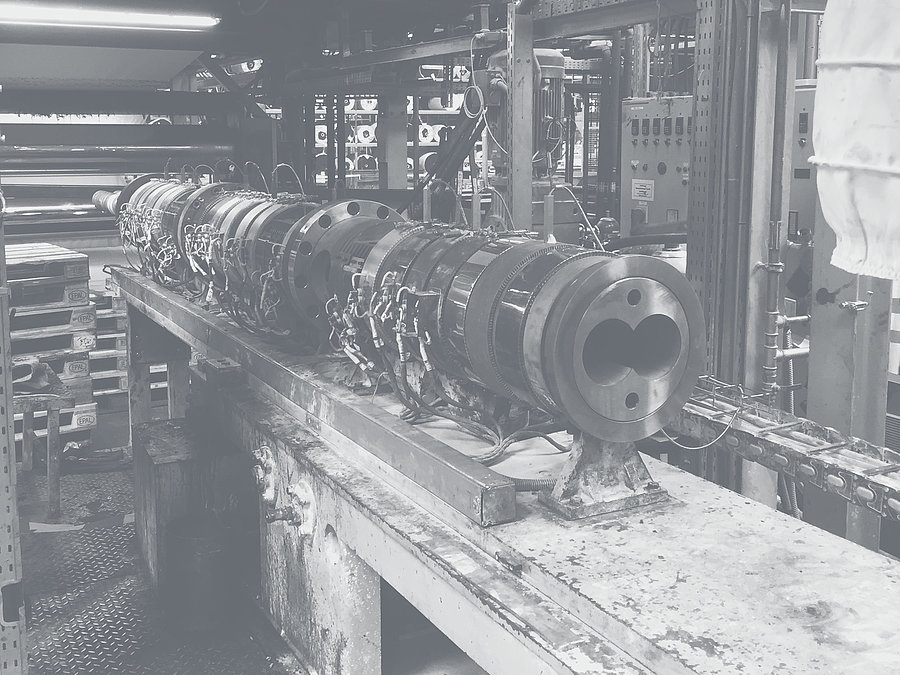 Process section in a production hall